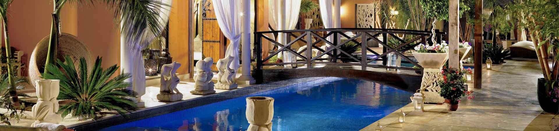 https://www.goodmorningtenerife.com/wp-content/uploads/2015/01/01_slide_hotel-Royal-Garden-Villas-Spa-1920x450.jpg