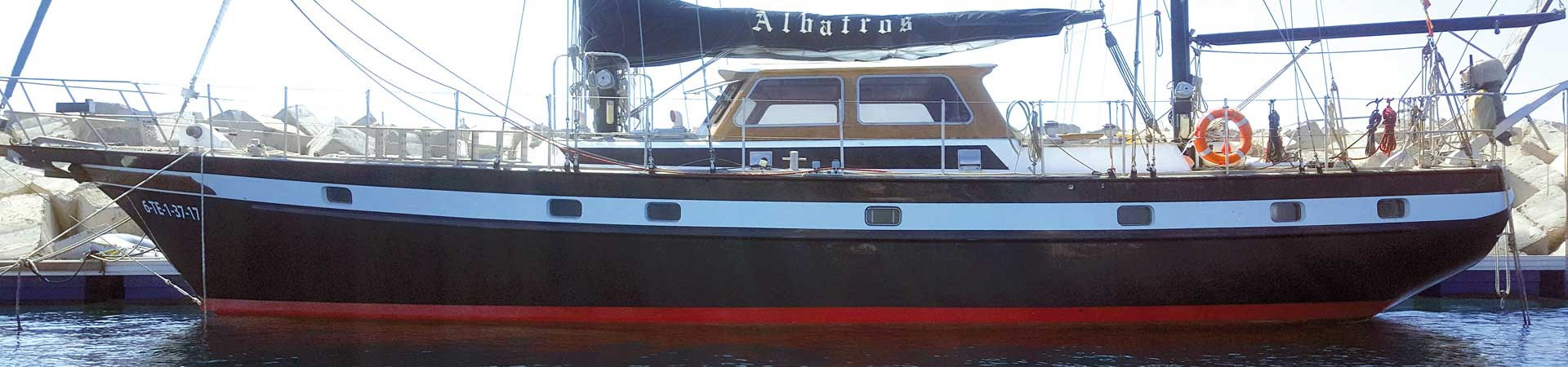 https://www.goodmorningtenerife.com/wp-content/uploads/2018/01/02_slide_albatros-charter-excursions-tenerife-1920x450-good-morning-tenerife.jpg
