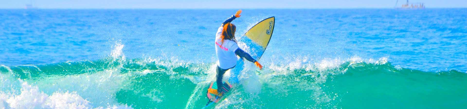 https://www.goodmorningtenerife.com/wp-content/uploads/2019/08/03_friends-of-ocean-tenerife-surf-center-good-morning-tenerife_slide.jpg